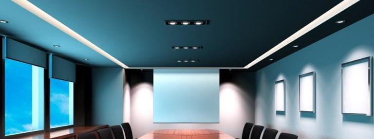 Натяжные потолки матовые синего цвета для офиса