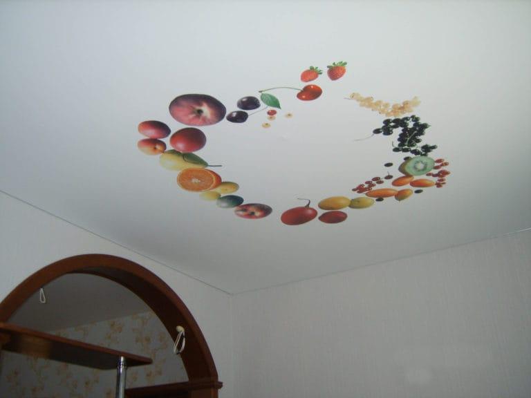 Натяжные потолки тканевые расписные натюрморт