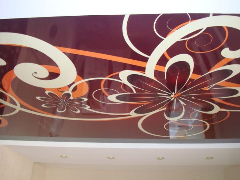 Натяжные потолки французские глянцевые цветочный дизайн