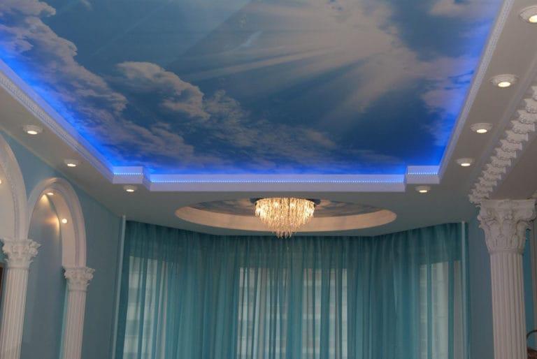 Натяжные потолки парящие фотопечать небо 3D