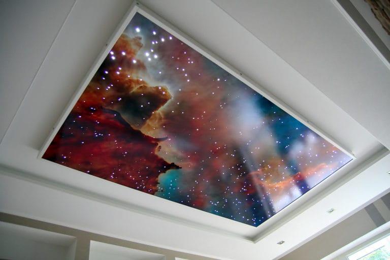 Натяжные потолки глянцевые звездное небо многоуровневые