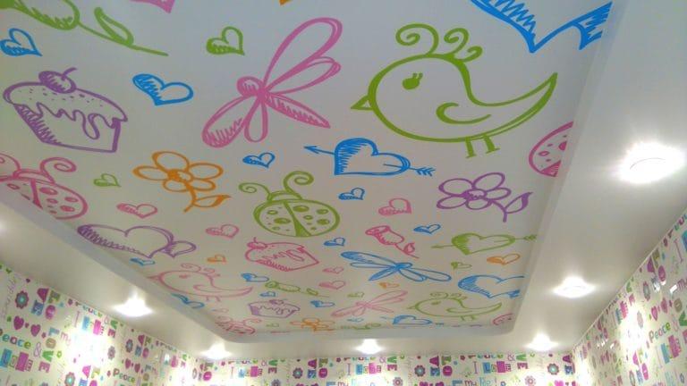 Натяжные потолки сатиновые расписные в детскую