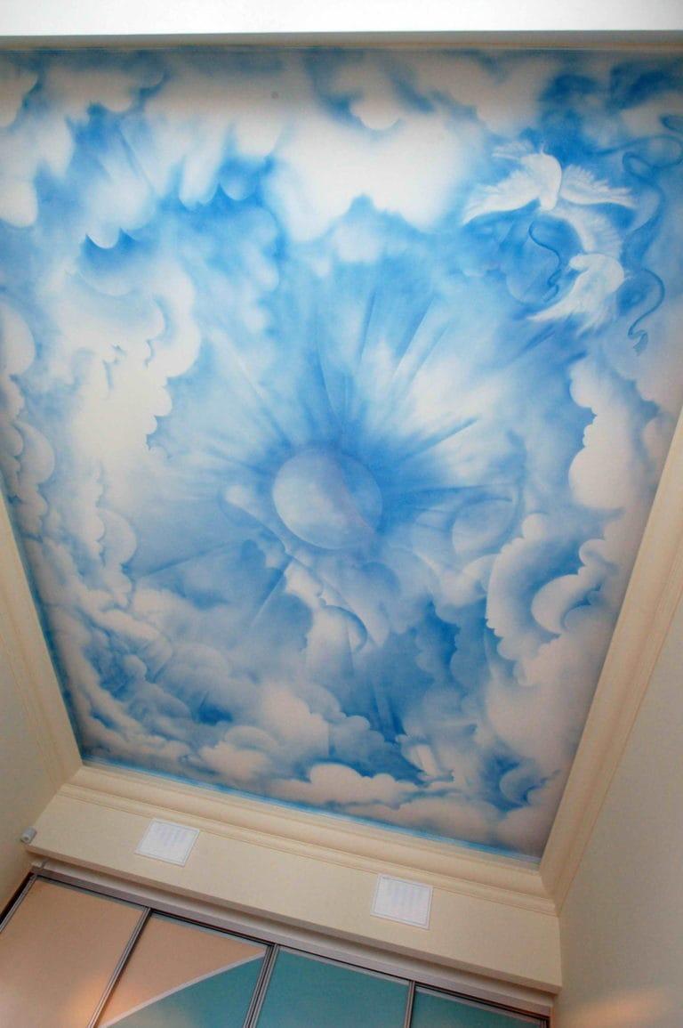 Натяжные потолки матовые художественные небо