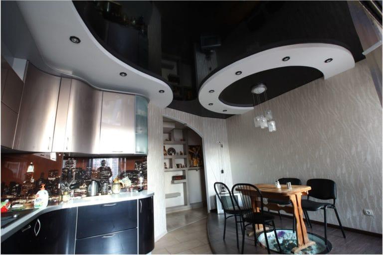 Натяжные потолки многоуровневые глянцевые для кухни