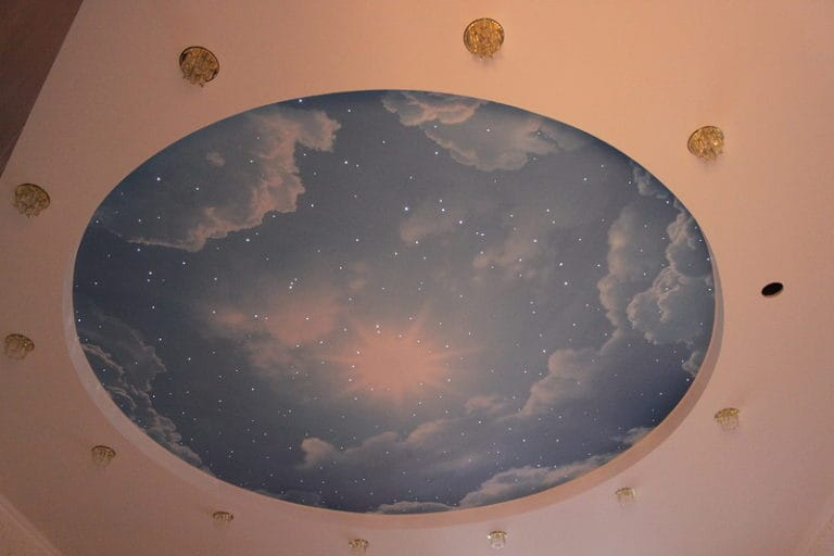 Натяжные потолки сатиновые художественные небо двухуровневые