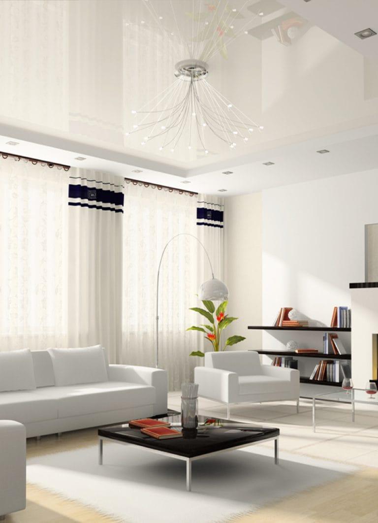 Натяжные потолки глянцевые белые для зала